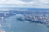 """Постер, картина, фотообои """"Аэрофотоснимок Манхэттен и Бруклинский мост в Нью-Йорке, США"""""""