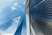 """Постер, картина, фотообои """"вид снизу небоскребов и пасмурное небо, Нью-Йорк, США"""""""