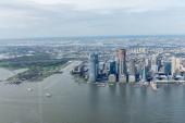 """Постер, картина, фотообои """"Аэрофотоснимок зданий Нью-Йорка и Атлантического океана, США"""""""