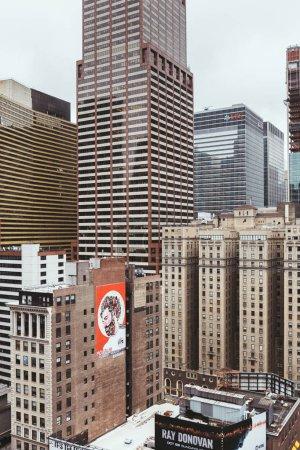 Photo pour New York, États-Unis - 8 octobre 2018: scène urbaine avec des gratte-ciel à new York, é.-u. - image libre de droit