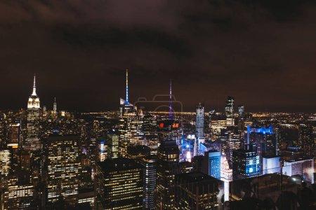 Photo pour NEW YORK, États-Unis - 8 OCTOBRE 2018 : vue aérienne de la ville de New York la nuit, États-Unis - image libre de droit