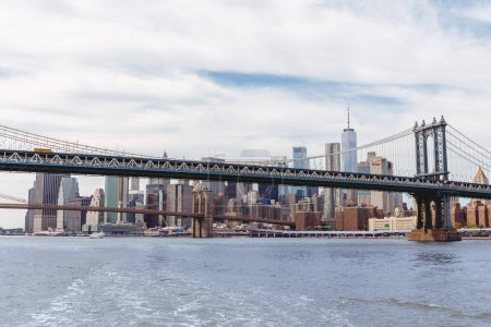 Photo pour Manhattan, New York, Etats-Unis - 8 octobre 2018 : belle vue pont de manhattan et brooklyn à new york, é.-u. - image libre de droit