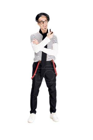 Photo pour Gai homme français tenant tuyau isolé sur blanc - image libre de droit
