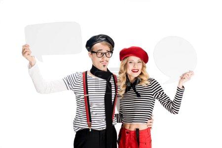 Photo pour Heureux couple français tenant des discours vides buubles isolé sur blanc - image libre de droit