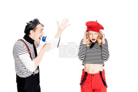 Photo pour Homme français en colère criant dans mégaphone près de petite amie isolé sur blanc - image libre de droit
