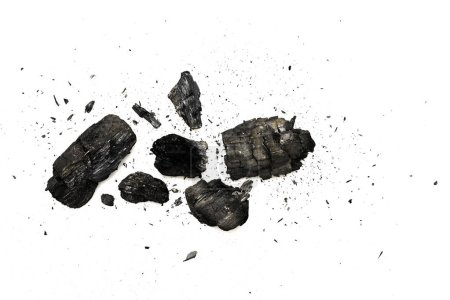 Photo pour Vue du dessus du bois de chauffage noir brûlé isolé sur blanc - image libre de droit