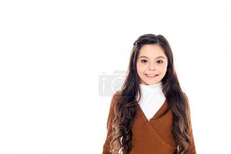 Photo pour Adorable enfant souriant regardant caméra isolé sur blanc avec espace de copie - image libre de droit
