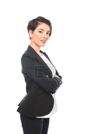 Photo pour Belle femme d'affaires de course mélangée dans l'usure formelle posant à l'appareil-photo isolé sur le blanc - image libre de droit