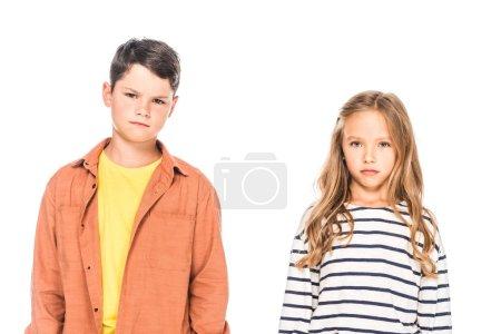 Foto de Vista frontal de dos niños mirando la cámara aislada en blanco - Imagen libre de derechos