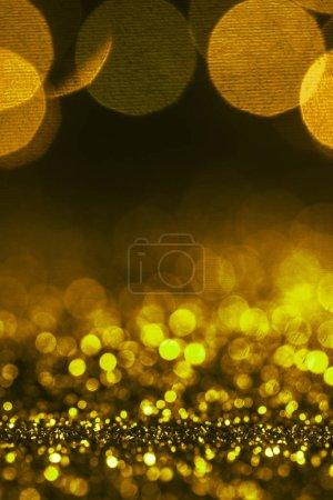 Photo pour Fond d'étincelle de Noël avec paillettes dorées et bokeh - image libre de droit
