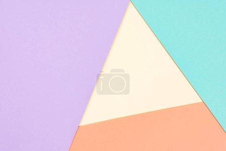 Photo pour Simple moderne jaune, bleu, orange et violet abstrait avec espace copie - image libre de droit