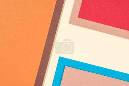 Foto de Minimalista moderno marrón, azul, amarillo, naranja, rojo y beige antecedentes con espacio de copia - Imagen libre de derechos