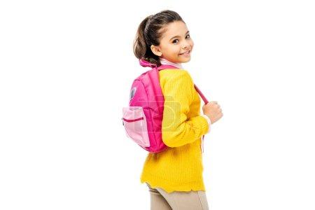 Photo pour Adorable enfant tenant le sac à dos rose et souriant à la caméra isolé sur blanc - image libre de droit