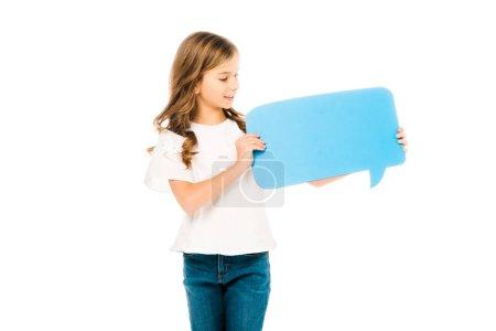 Foto de Adorable niño en blanco t-shirt y jeans azul con burbujas de discurso aislado en blanco - Imagen libre de derechos
