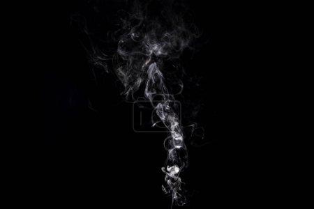 Foto de Fondo abstracto con remolino ahumado blanco sobre negro - Imagen libre de derechos
