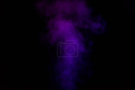Photo pour Fond spirituel noir de fumée violette - image libre de droit