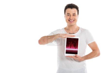 Foto de Hombre guapo con tableta digital con grapgh en pantalla aislada en blanco - Imagen libre de derechos