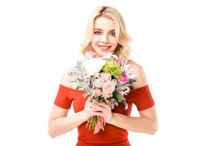 Foto de Feliz mujer joven atractiva en vestido rojo con flores aisladas en blanco - Imagen libre de derechos
