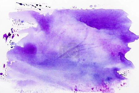 Photo pour Vue de dessus du déversement violet sur fond blanc - image libre de droit