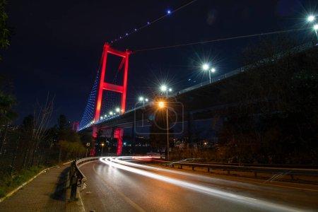 Photo pour Bosphorus Bridge and light trails - image libre de droit