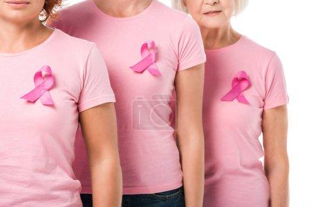 Photo pour Plan recadré de femmes avec des rubans roses debout ensemble isolé sur blanc, concept de sensibilisation au cancer du sein - image libre de droit