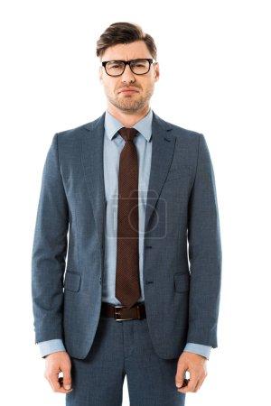 Photo pour Homme d'affaires adulte debout expression de visage triste isolé sur blanc - image libre de droit
