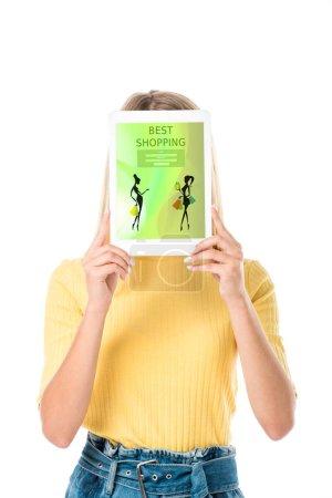 Photo pour Belle jeune femme tenant une tablette numérique avec shopping application sur l'écran isolé sur blanc - image libre de droit