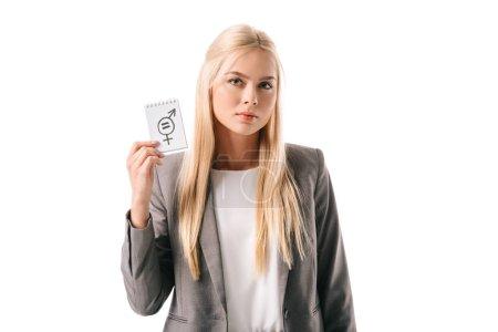 Photo pour Attrayant femme d'affaires tenant signe d'égalité des sexes, isolé sur blanc - image libre de droit