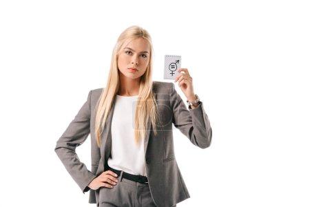 Photo pour Belle femme d'affaires blonde tenant le symbole de l'égalité des sexes, isolé sur blanc - image libre de droit