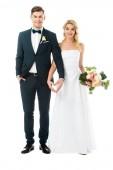 """Постер, картина, фотообои """"красивые невесты и красивый жених, показаны сердца знак с руками, изолированные на белом фоне"""""""