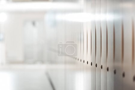 Foto de Selective focus of lockers in corridor in university - Imagen libre de derechos