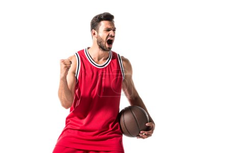 Photo pour Joueur de basket-ball dans l'uniforme avec l'acclamation de boule avec la main serrée d'isolement sur le blanc - image libre de droit