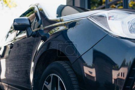 Photo pour Recto et verso de la voiture moderne noire polie - image libre de droit