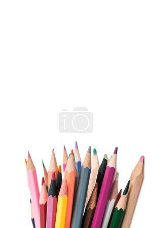 Photo pour Crayons multicolores isolés sur blanc avec espace de copie - image libre de droit