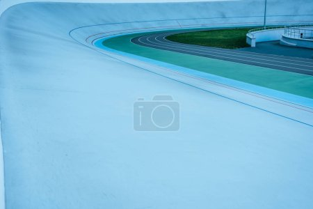 surface level of geometric background at empty velodrome