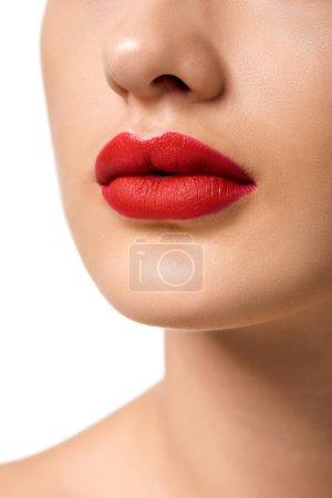 bouchent la vue de jeune fille avec les lèvres rouges isolés sur blanc