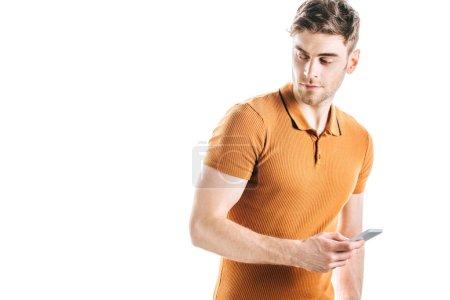 Photo pour Beau, homme confiant avec le smartphone isolé sur le blanc - image libre de droit