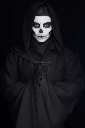 Photo pour Femme avec crâne maquillage montrant s'il vous plaît geste isolé sur noir - image libre de droit