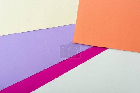 Foto de Fondo geométrico abstracto con papel colorido - Imagen libre de derechos