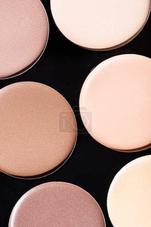 Photo pour Vue rapprochée de la palette de contours beige - image libre de droit