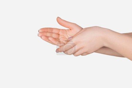 bouchent la vue des mains féminines isolé sur blanc avec espace de copie