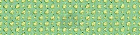 Photo pour Plan panoramique de motif avec poires en papier à la main isolées sur vert - image libre de droit