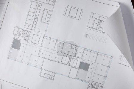 Photo pour Vue d'en haut du plan architectural sur papier blanc - image libre de droit