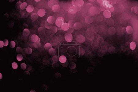 Photo pour Fond décoratif abstrait avec des paillettes violettes floues - image libre de droit