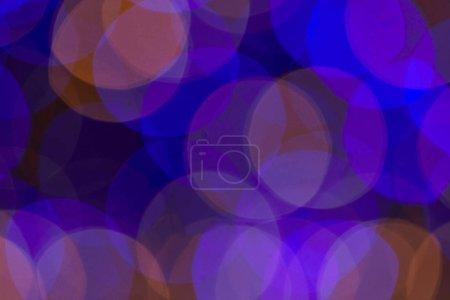 Photo pour Fond de Noël bokeh violet et bleu tendance - image libre de droit