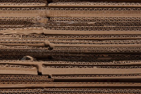 Photo pour Gros plan de carton plié ondulé brun - image libre de droit