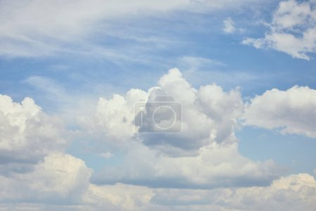 Photo for Peaceful cloudscape with white clouds on blue sky - Royalty Free Image