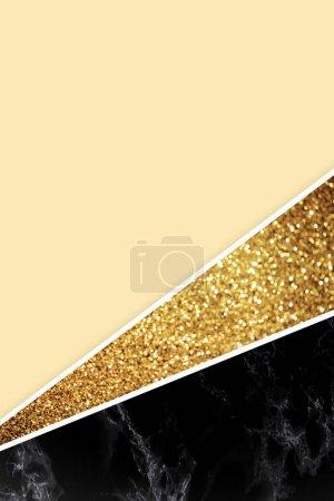Photo pour Fond géométrique avec paillettes dorées, marbre noir et couleur jaune clair - image libre de droit