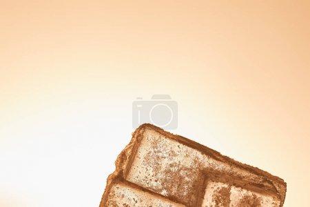 Photo pour Glaçons transparents texturés sur fond éclairé - image libre de droit