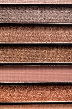 Foto de Cerrar la paleta de la sombra de los ojos pastel y colorida. - Imagen libre de derechos